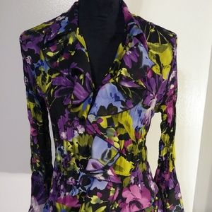 Sunny Leigh v neck ruffled pleated blouse